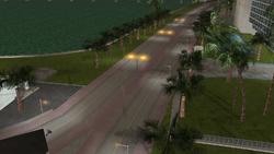 Bayshore Avenue centro de la ciudad.PNG