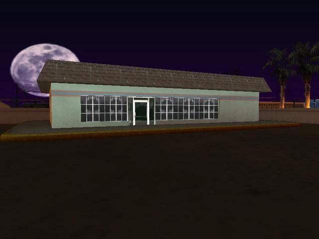 Archivo:Tienda-gasolinera The Strip.png