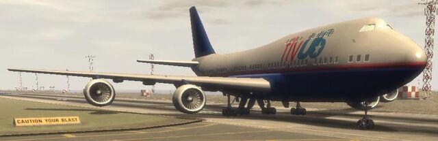 Archivo:Aviones Fly Us 02 GTA IV.jpg