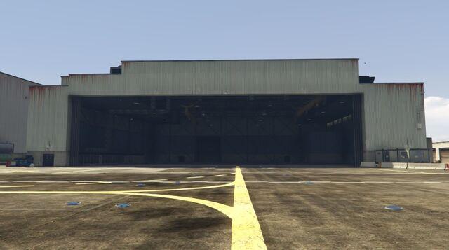 Archivo:HangarFranklinGTAV.jpg