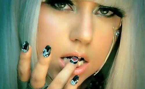 Archivo:Lady GaGa PF 002.png