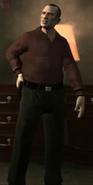 Mikhail traje1