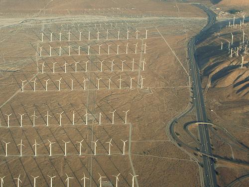 Archivo:Vista aerea de San georgino pass wind farm.jpg