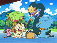 Archivo:EP572 Pokémon del Team Rocket comiendo.png