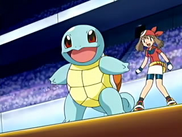 EP452 Squirtle junto a May
