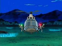 Archivo:EP538 Reclutas bajando del helicóptero.png