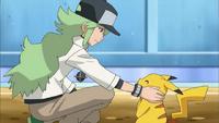 EP772 N junto al Pikachu de Ash.png