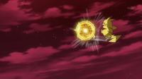 EP939 Pikachu usando bola voltio.png