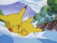 Archivo:EP039 Pikachu rescatando a Pikachu.png