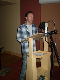 Actor de doblaje-Eduardo del Hoyo.jpg