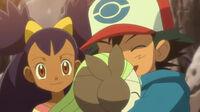 EP759 Meloetta abrazando a Ash