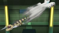 EP741 Beartic usando golpe aéreo.png