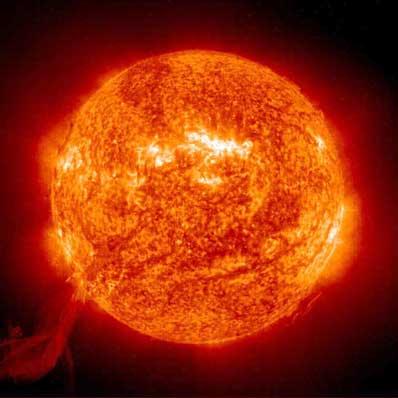 Archivo:Mt-2003-sun-protub-normal.jpg