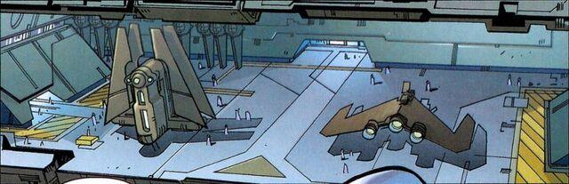 Archivo:Pellaeon class hangar.jpg
