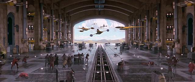 Archivo:Hangarbattle.jpg