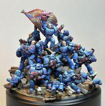 Miniatura marines puños carmesíes