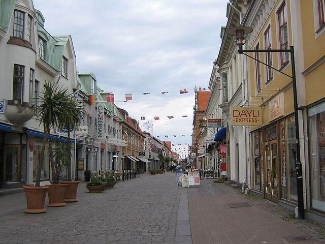 File:800px-Storgatan, Kalmar.jpg