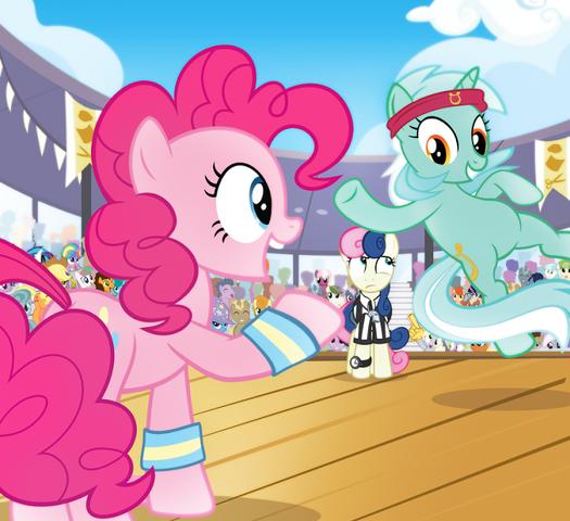 Archivo:MLP Lyra y Pinkie.png