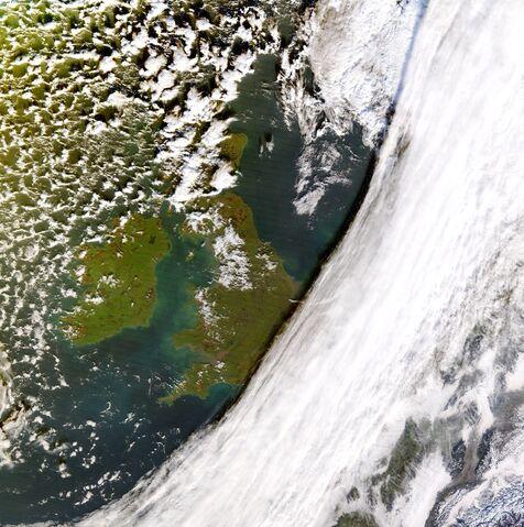 File:Windstorm Boris frontal cloud.jpg