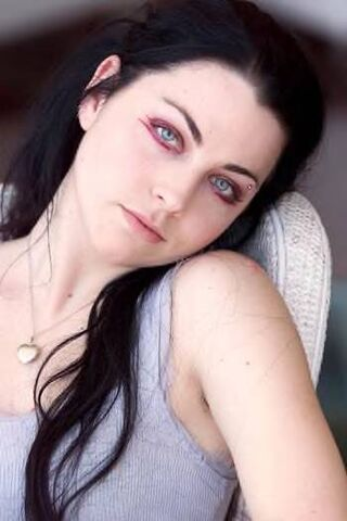 File:Amy Lee Evanescence Picture 73.jpg