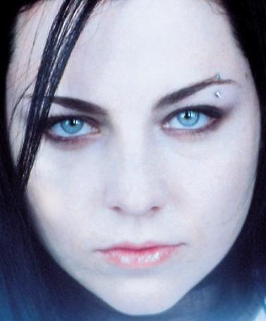 File:Amy Lee Evanescence Picture 31.jpg