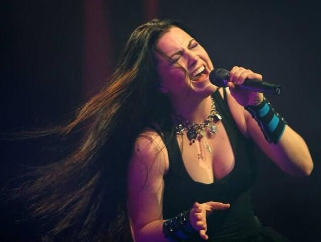 File:Amy Lee Evanescence Picture 193.jpg