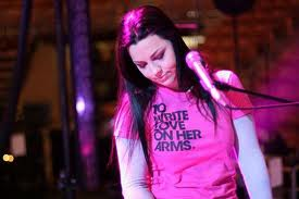 File:To write love on her arms.jpg