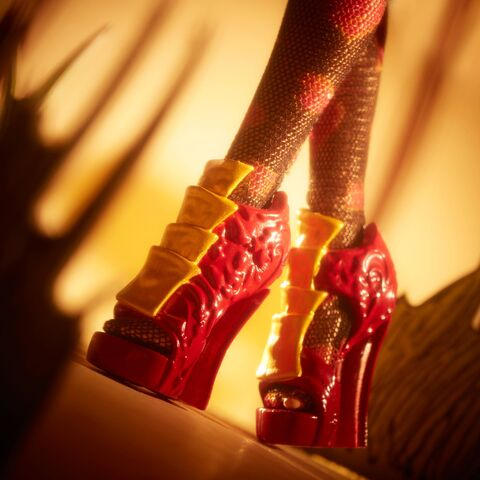 File:Facebook - Lizzie Hearts shoes.jpg