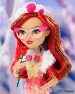 Facebook - Rosabella EW Doll