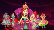 Way Too Wonderland - girls in shock