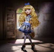 Diorama - Blondie revealed