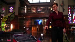 Maxima (played by Charlotte Sullivan) Smallville Instinct 25