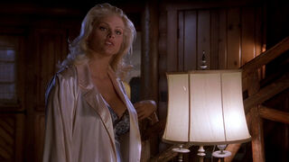 Tanya Peters in Naked Gun 3 (played by Anna Nicole Smith) 164