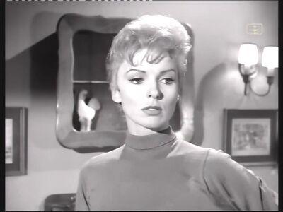 Phyliss Derring (Joan Marshall) Main