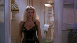 Tanya Peters in Naked Gun 3 (played by Anna Nicole Smith) 394