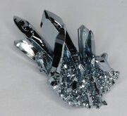 653px-Osmium cluster