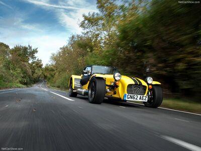 Caterham-Supersport R 2013 800x600 wallpaper 01