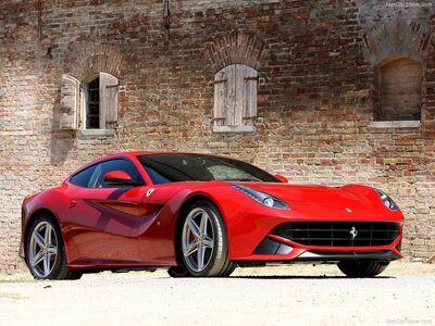 Ferrari-F12berlinetta 2013 800x600 wallpaper 02