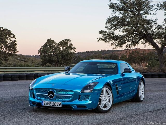 File:Mercedes-Benz-SLS AMG Coupe Electric Drive 2014 800x600 wallpaper 02.jpg