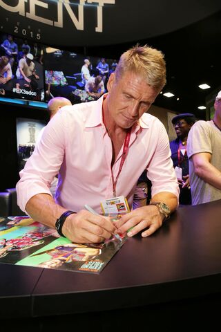File:The-expendables-3-ComicCon14 14.jpg
