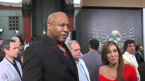 "Expandables 2 Tommy ""Tiny"" Lister Says He Will be in Expendables 3 on Premiere Red Carpet"