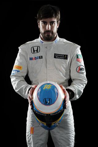 File:Fernando Alonso McLaren 2015.jpg
