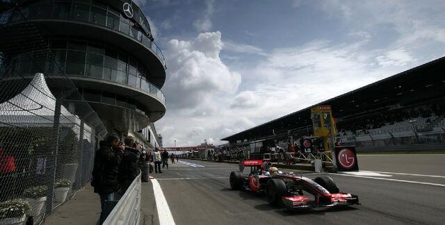 File:BackgroundWallpaperNurburgring.jpg
