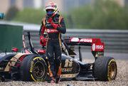 Maldonado FP2 2014 Chinese GP Crash