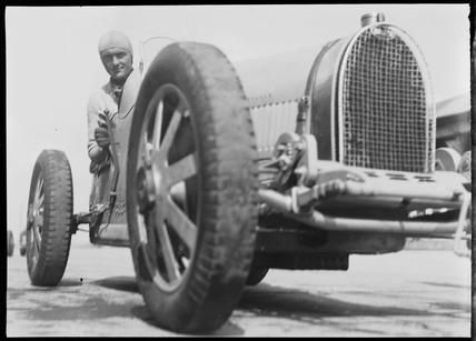 File:1931 Chiron 1.jpg