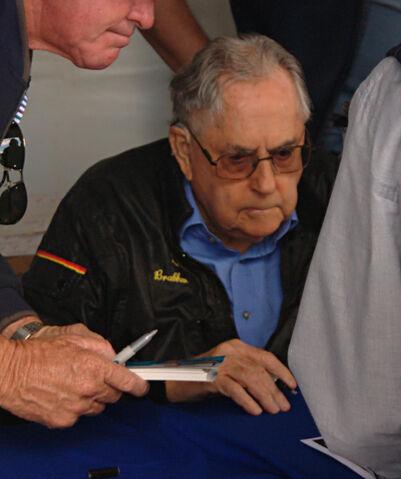 File:Jack Brabham 2010.jpg