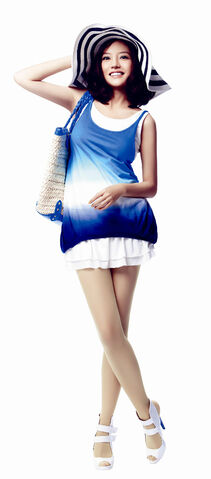 File:Zhao Wei Blue and White Fashion.jpeg