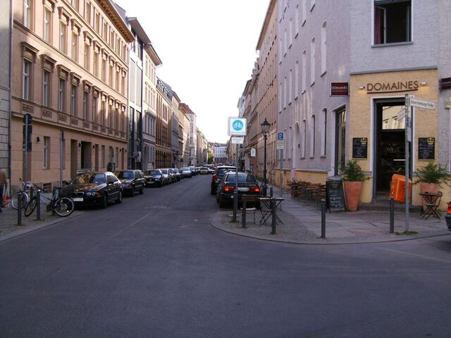 Datei:Fahrradstraße Linienstraße.jpg