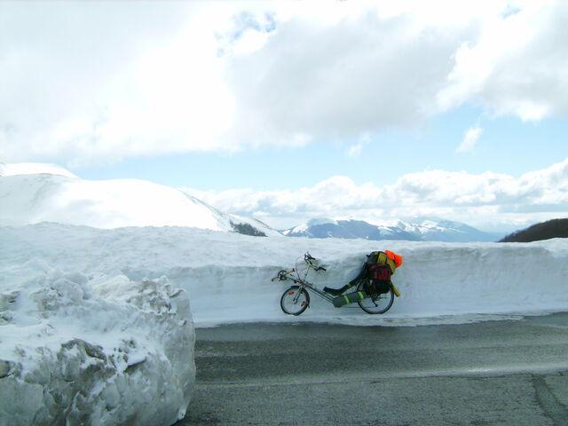 Datei:Monte Terminillo Schnee Dalli 2.jpg