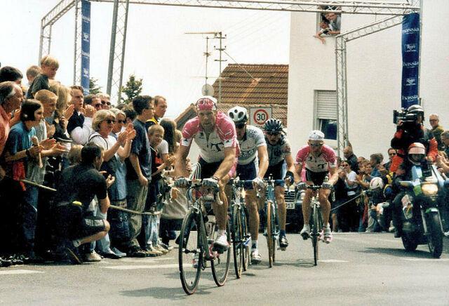 Datei:1 Mai 2000 Henninger Rennen Hundertmarck Tosatto Heppner.jpg